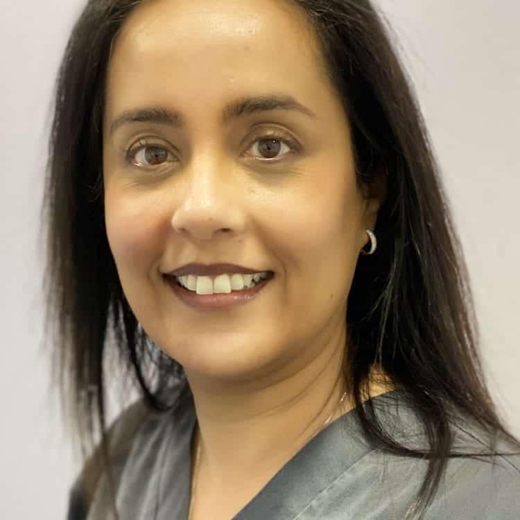 Ayesha Halim (dentist)