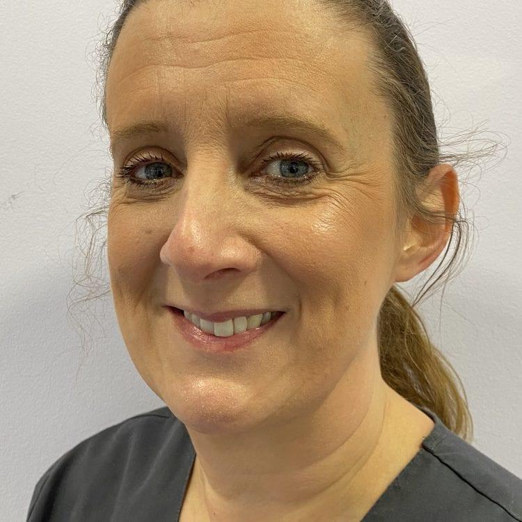 Inge-lise (dental nurse)